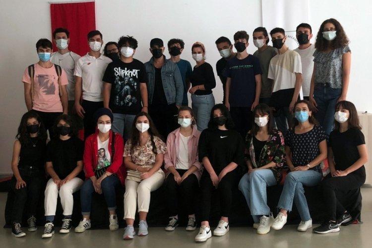 Öğrenciler sahne tozunu Bursa Osmangazi'de yutacak!