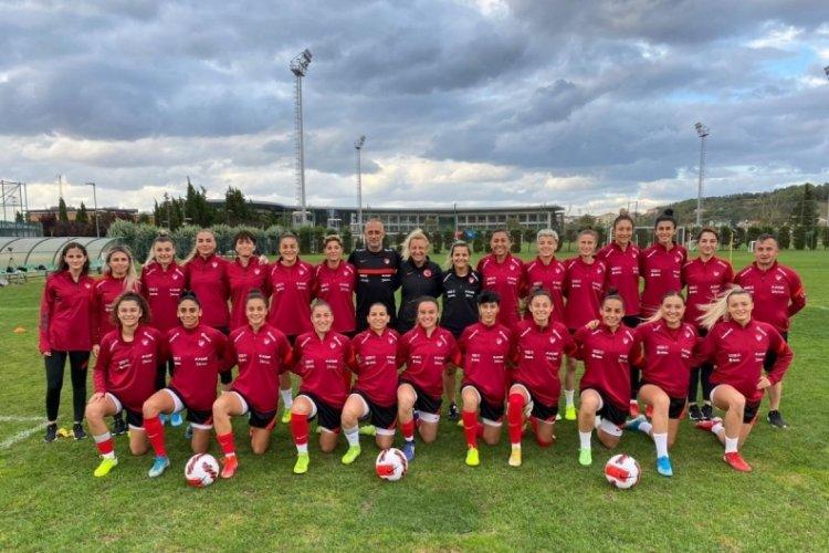 A Milli Kadın Futbol Takımı hazırlıklara başladı