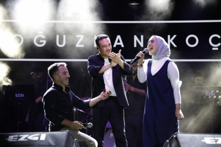 Bursa'da Oğuzhan Koç konserinde sürpriz yaşandı