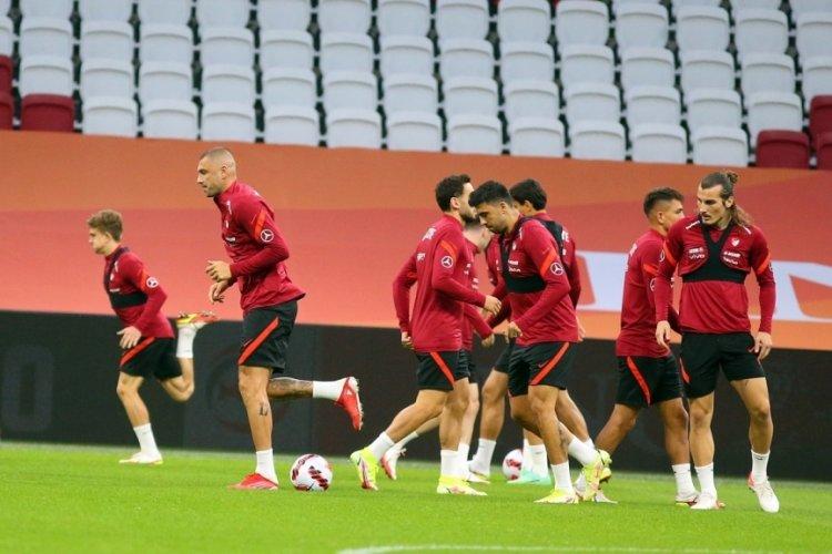 A Milli Futbol Takımı Hollanda maçı hazırlıklarını tamamladı