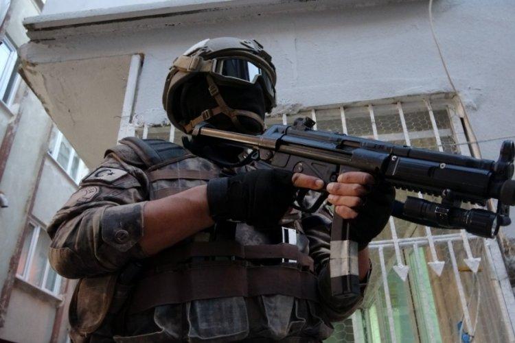 Bursa'da şafak vakti 850 polisle eş zamanlı uyuşturucu operasyonu!