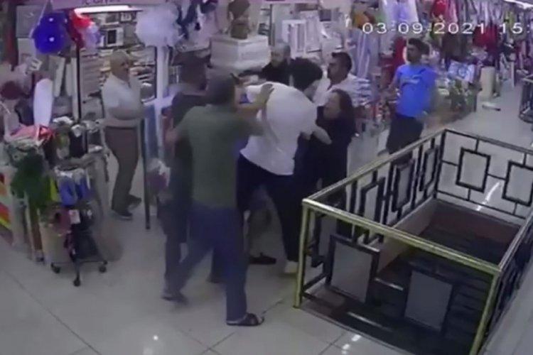İstanbul'da karısını döven esnafı, komşuları linç etti