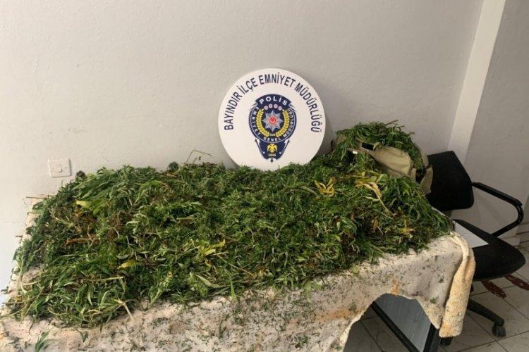 10 kilodan fazla uyuşturucu ile yakalanan şüpheli tutuklandı