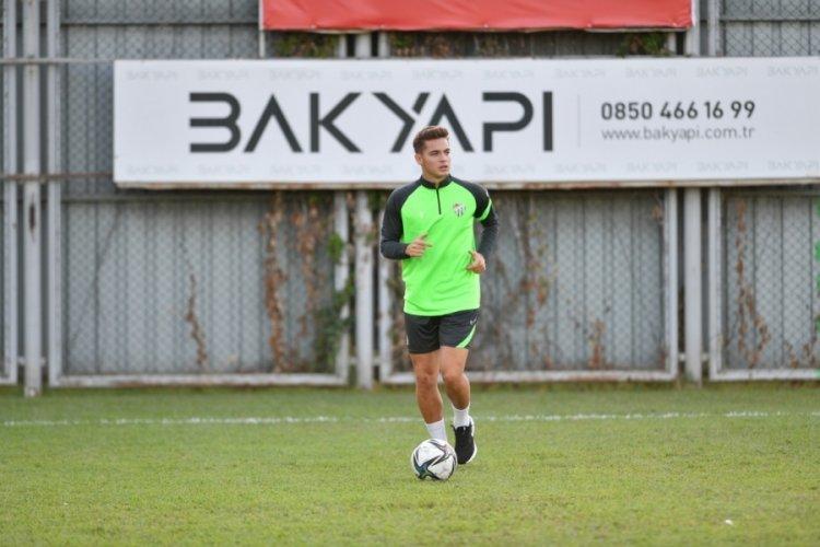 Milli futbolcular Bursaspor'a döndü