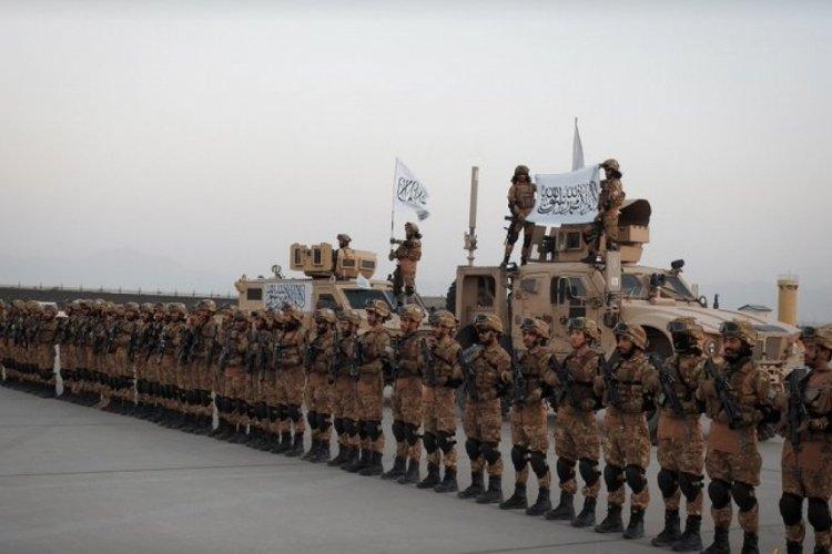 Taliban kuvvetleri düzenli orduya geçiyor