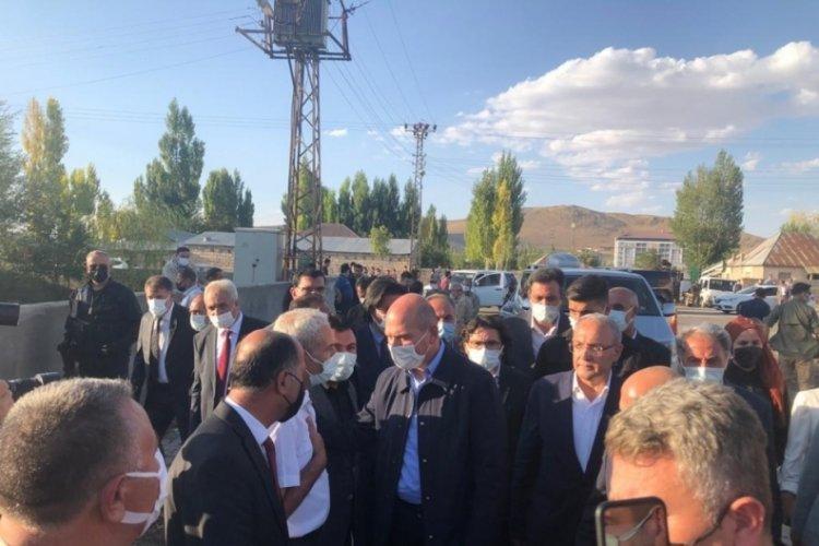 Bakan Süleyman Soylu, Ağrı'da taziye ziyaretinde bulundu