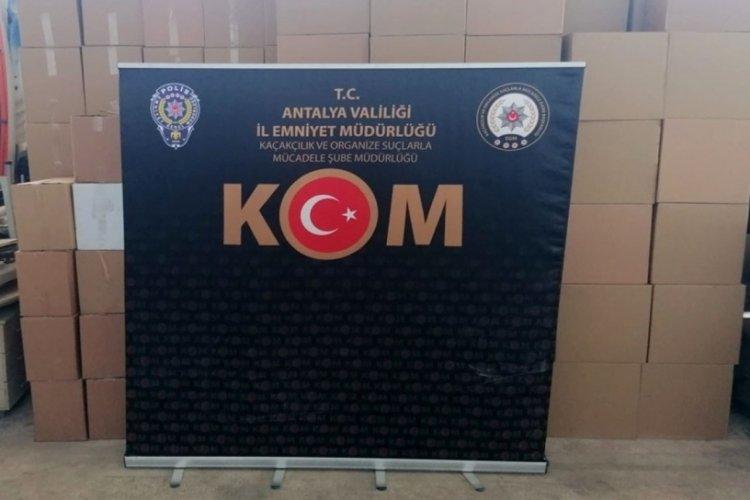 Antalya'da kaçak sigara operasyonu!