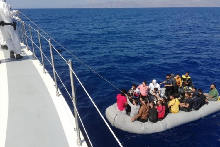 Marmaris'te 36 kaçak göçmen kurtarıldı
