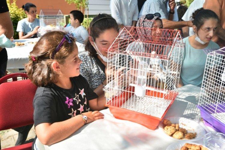 Bursa'da engeller hayvan sevgisiyle aşılıyor