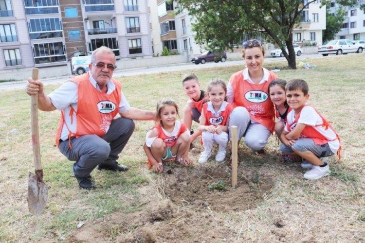 Bursa Mustafakemalpaşa'da Tuna'ya 'umut yeşertenler' ödülü