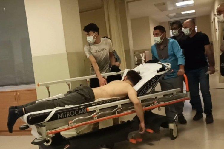 Bursa'da üzerine sülfürik asit dökülen genç işçi ağır yaralandı