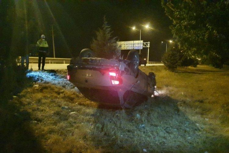 Bursa'da kontrolden çıkan araç şarampole yuvarlandı