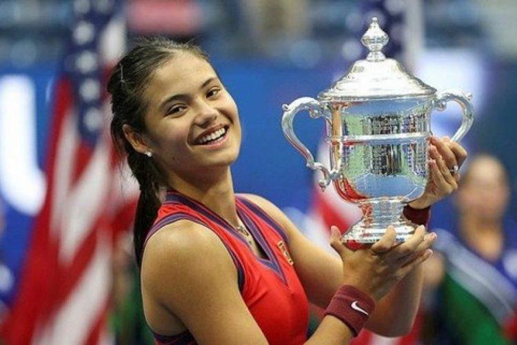 ABD Açık Tenis Turnuvası tek kadınlar finalini, İngiliz Emma Raducanu kazandı