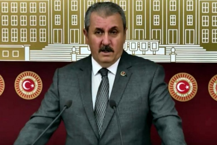 BBP lideri Destici'nin Fatih Sultan Mehmet tepkisi: Manevi şahsiyetinden bir özür bekliyoruz
