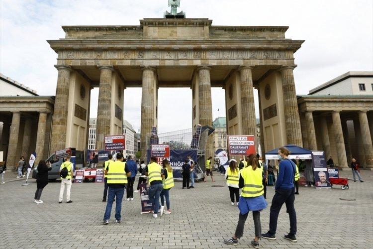 Almanya'da, yoksulluğa dikkat çekmek için eylem yapıldı