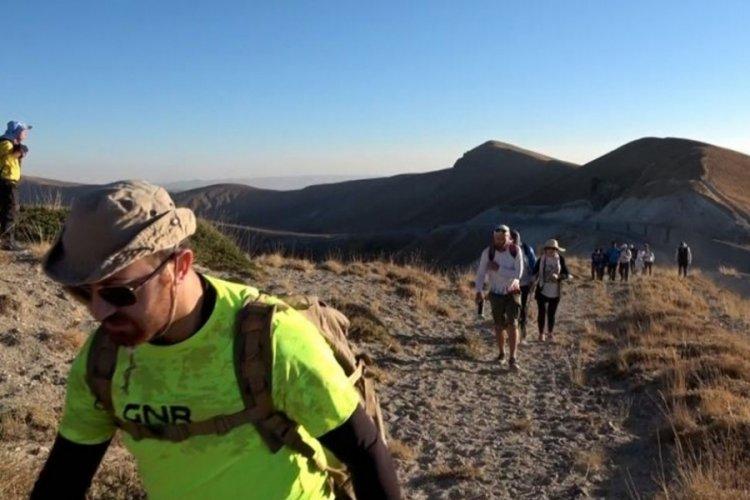 Nemrut Dağı'nda 360 derecelik farkındalık yürüyüşü