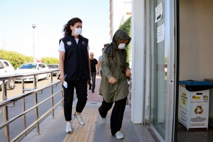Adana'da FETÖ dershanesinin 'ser rehber'i yakalandı