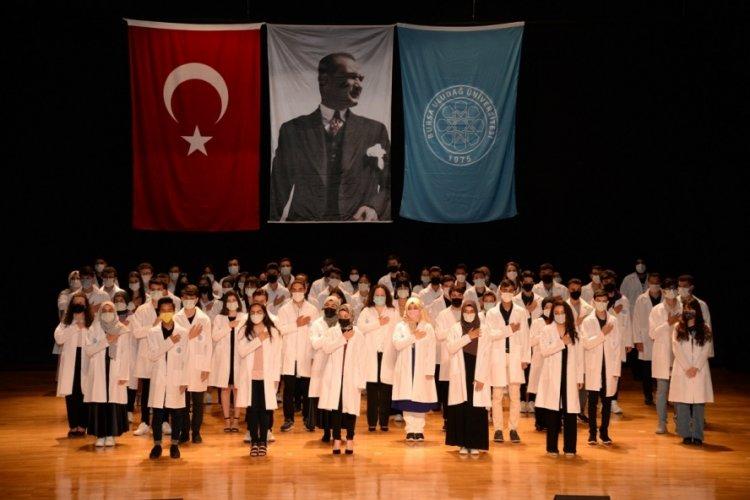 Bursa UÜ Diş Hekimliği Fakültesi'nde yeni akademik dönem başladı