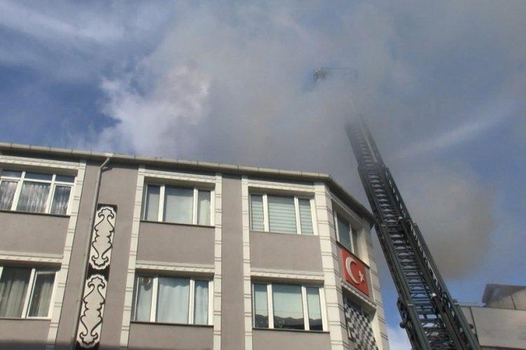 İstanbul Bayrampaşa'da korkutan yangın