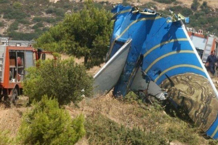 Yunanistan'da eğitim uçağı düştü: 2 kişi öldü
