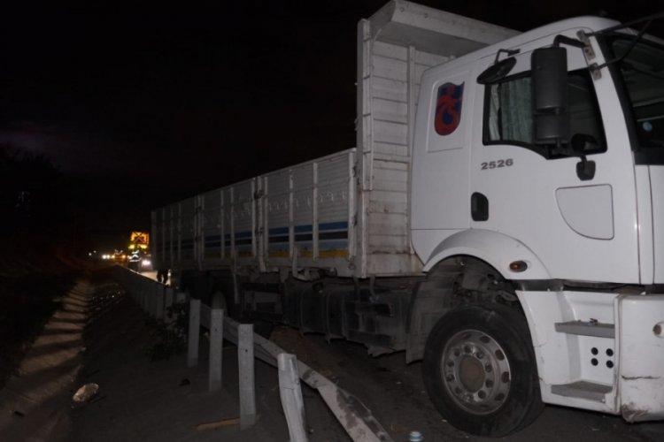 Kuzey Marmara Otoyolu'nda TIR kazası