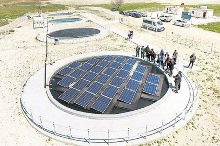 Türkiye'de 'yüzer güneş panelleri' projesini gündemde! İlk denemede yüzde 54.76'lık başarı var...