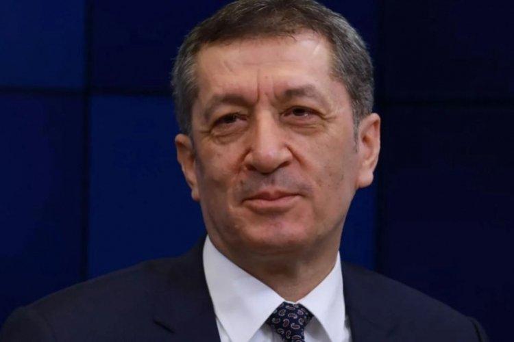 Genel Yayın Yönetmeni Ahmet Hakan: Ziya Selçuk, Milli Eğitim Bakanlığı görevini bıraktıktan sonra yeni bir imaj yapmış