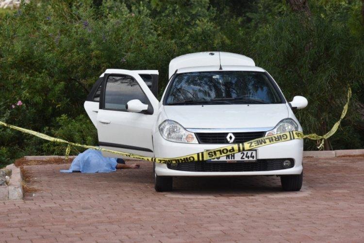 Antalya'da arkadaşı ile gittiği mesire alanında fenalaşıp öldü