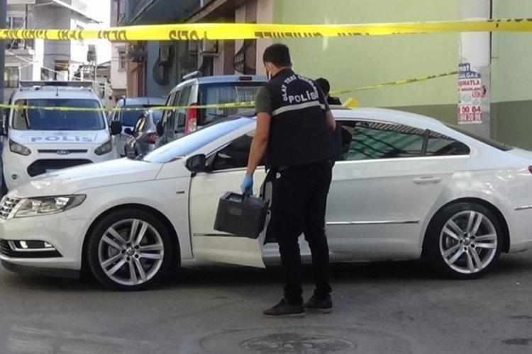 İzmir'de bir şahıs kendisini polise şikayet eden kişiyi öldürdü