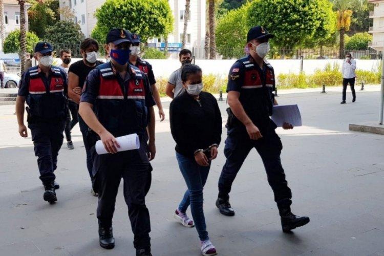 Kızının düğünü için silah kaçakçılığı yapan anne tutuklandı!