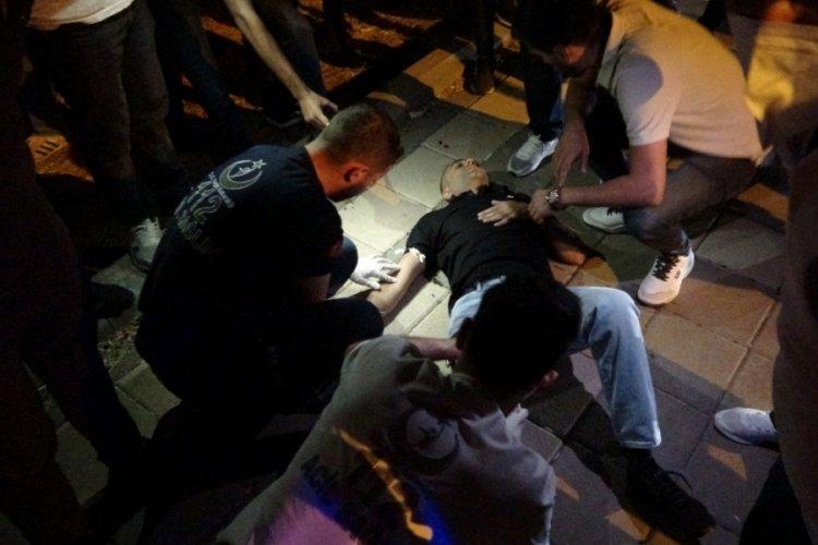 Diyarbakır'da iki genç silahlı saldırıya uğradı