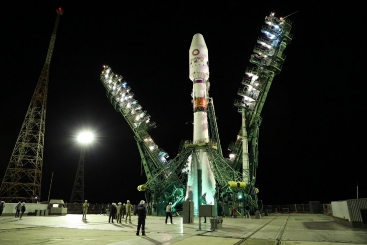 Rusya, OneWeb'in 34 uydusunu uzaya gönderdi