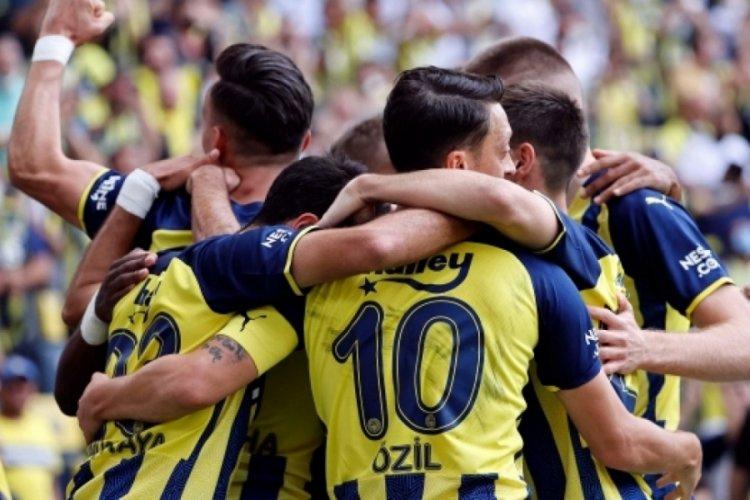 Fenerbahçe, Almanya'nın Eintracht Frankfurt takımına konuk olacak