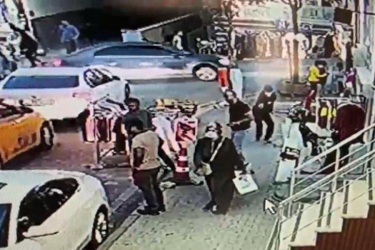 İstanbul Esenyurt'ta, takip ettikleri emlakçıyı vurdular!