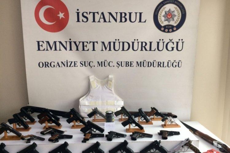 3 ilde silah kaçakçılarına operasyon! 23 gözaltı