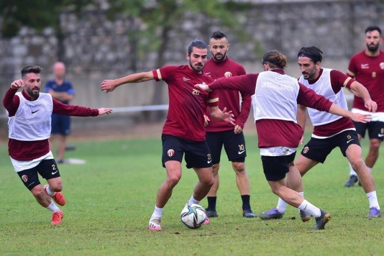 İnegölspor Teknik Direktörü: İnşallah gollü bir maç olacak!