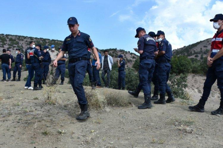 Sivas'ta kaybolan Özlem için terör, istihbarat ve suç timleri devrede