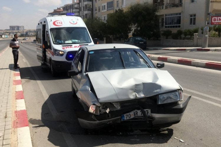 Karaman'da minibüs, 12 metre savruldu: 1 yaralı