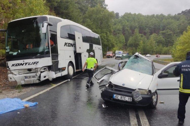 Antalya'da korkunç kaza! 2 ölü, 2 yaralı
