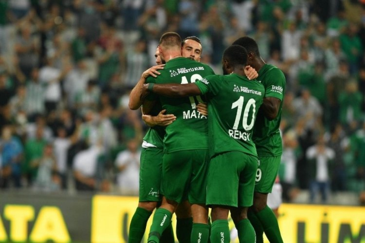 Sonunda 3 puan! Timsah, Samsun'u 4 golle geçti!
