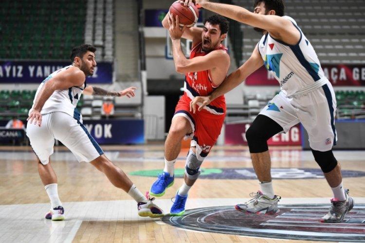 Cevat Soydaş Basketbol Turnuvası'nda Bahçeşehir Koleji, Türk Telekom'u mağlup etti