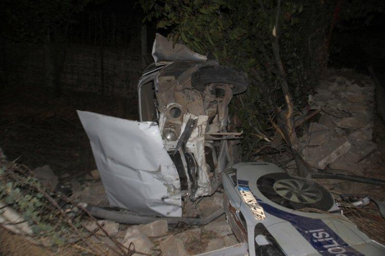 Evin bahçesine uçan sürücü ağır yaralandı