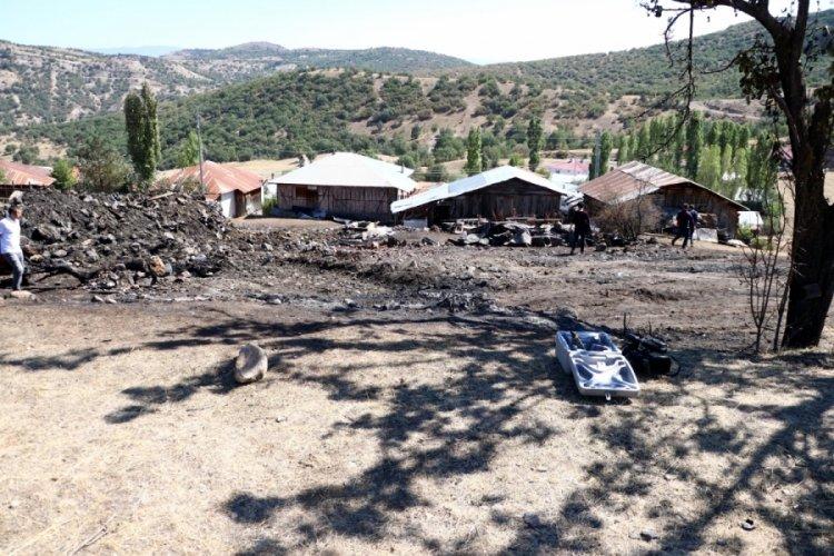 Ankara'da 8 evi küle döndüren yangın, gurbetçinin evinde başlamış