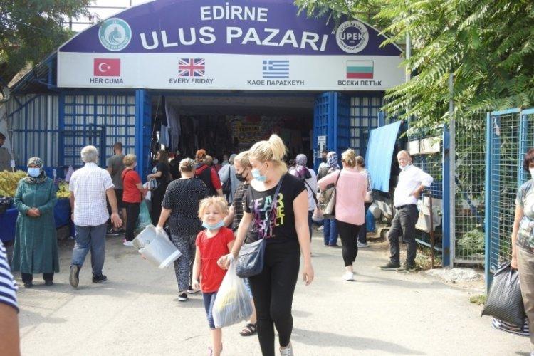 Bulgar ve Yunan turistler Edirne'deki pazarı adeta yağmaladı