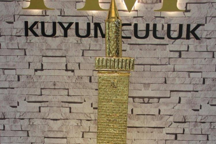 Diyarbakır'da altından dört ayaklı minare minyatür yapıldı