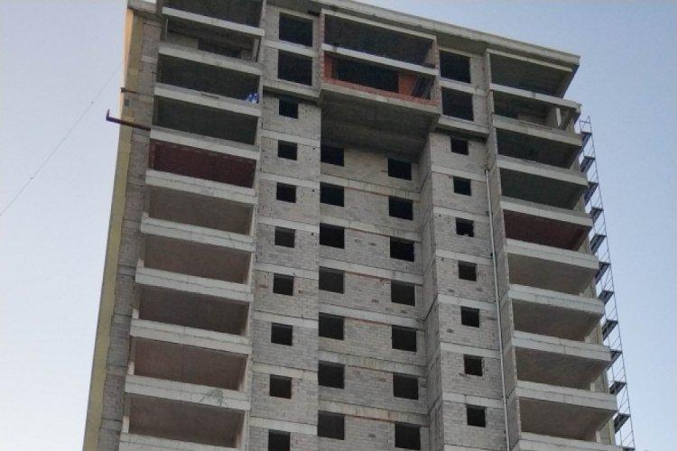 Samsun'da asansör boşluğuna düşen işçi ağır yaralandı