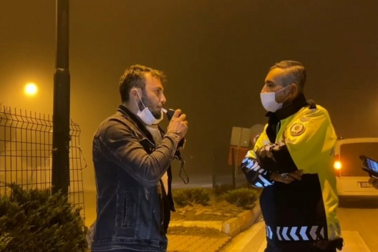 Bursa'da alkollü sürücü aracında sızdı
