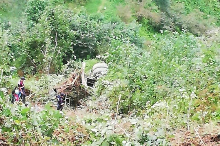Trabzon'da beton mikserinde sıkışan sürücü hayatını kaybetti