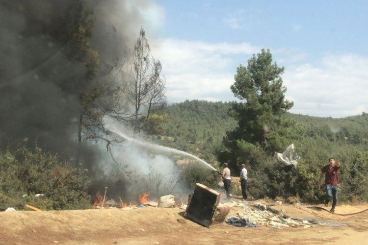 Bursa'da 2 ilçede çöplük yangını çıktı!