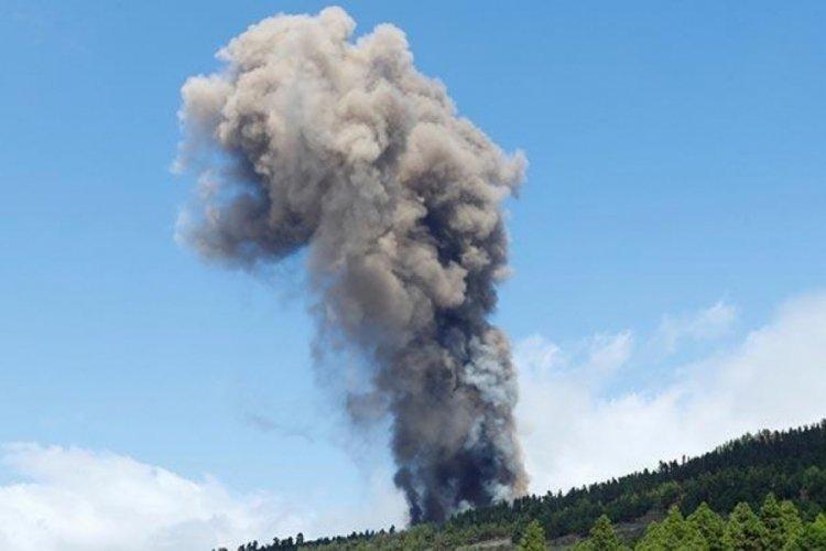 La Palma'daki yanardağ faaliyete geçti!